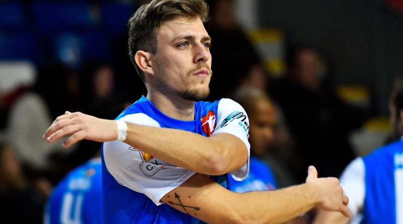 Vitali Kobzev, experiencia y potencia para el equipo de Superliga2